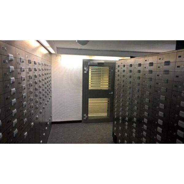 Burton Zurich Safe Deposit Boxes